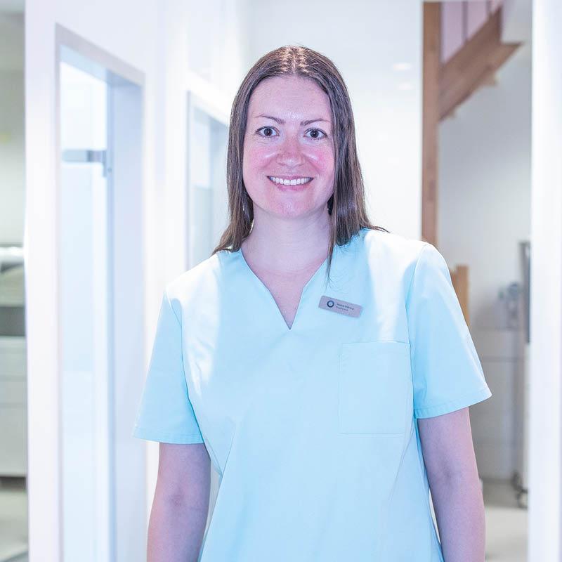 Professionelle Zahnreinigung Nicole Muenchen Haidhausen